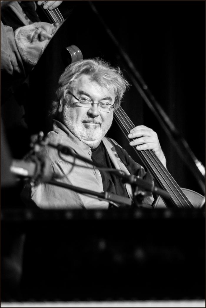Steve Rodby (Photo © Garry Corbett)