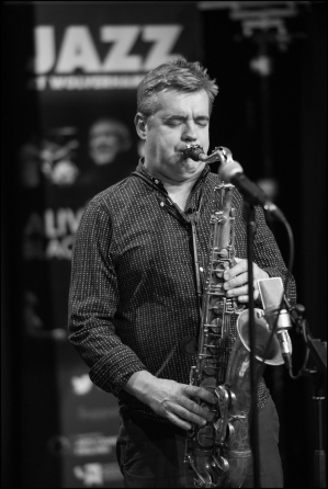 Mark Lockheart, thoroughly deserving winner of Instrumentalist of the Year, who was in Wolverhampton with Malija last weekend and is in Derby with the same trio on Friday 6 May (Photo © Garry Corbett)