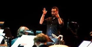 Tom Haines conducting