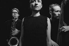 Lucia Cadotsch's trio